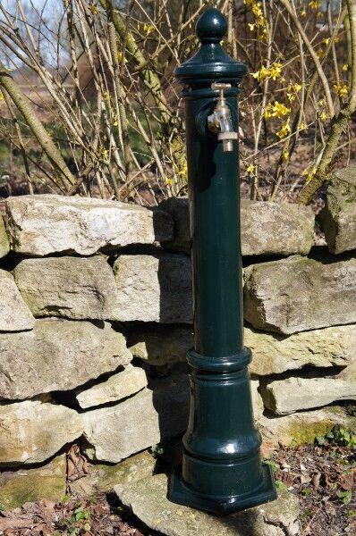 Wassersäule , Wasserstelle , Wasserhahn , Gartenbrunnen